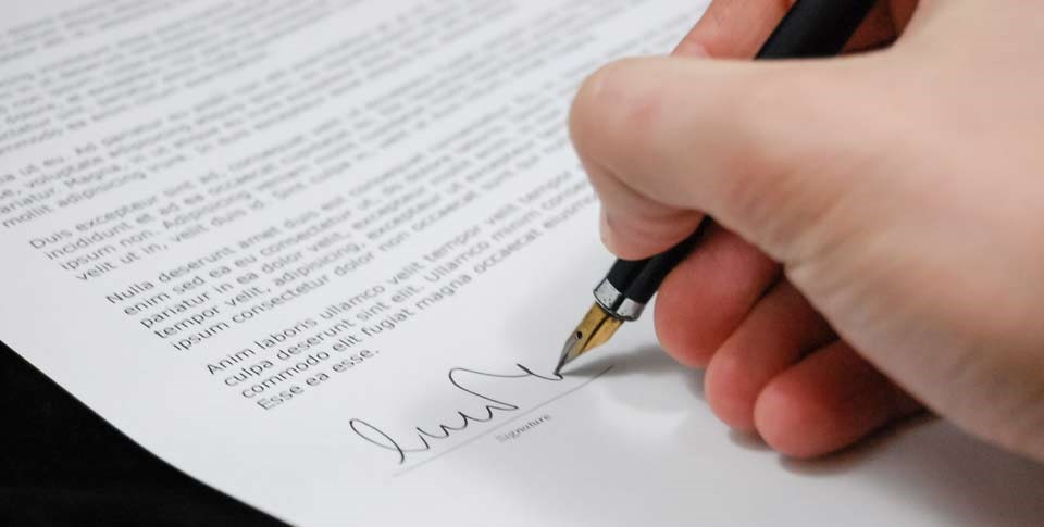 What to pay attention to when signing a decoration contract?