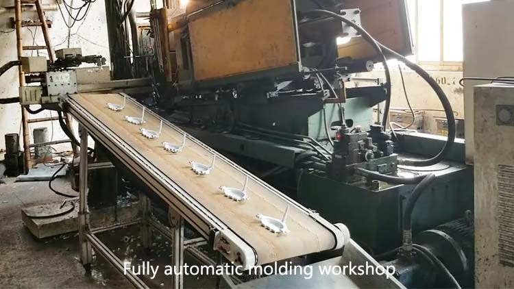 Fully automatic molding workshop